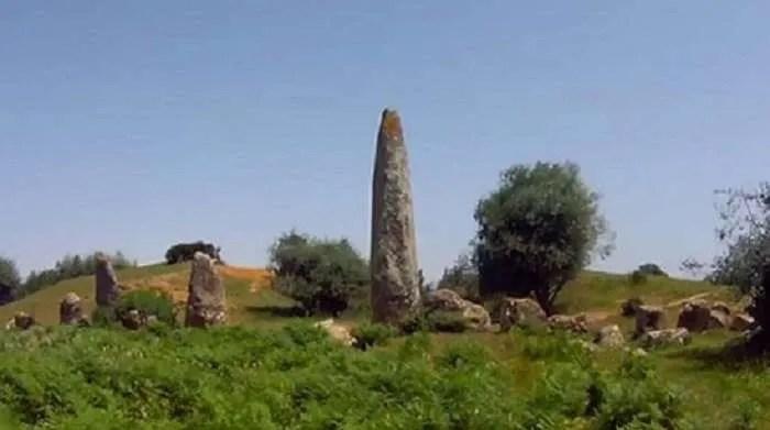 Каменният кръг Мзора с гроба на гигант в Мароко (видео)