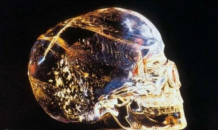 Историята на мистериозния кристален череп от Белиз