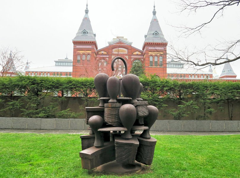 Subcommittee by Tony Cragg