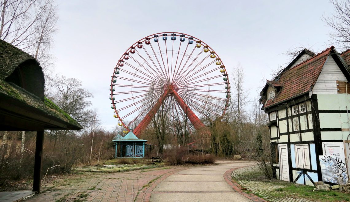 Abandoned Berlin: A risky day in a creepy theme park