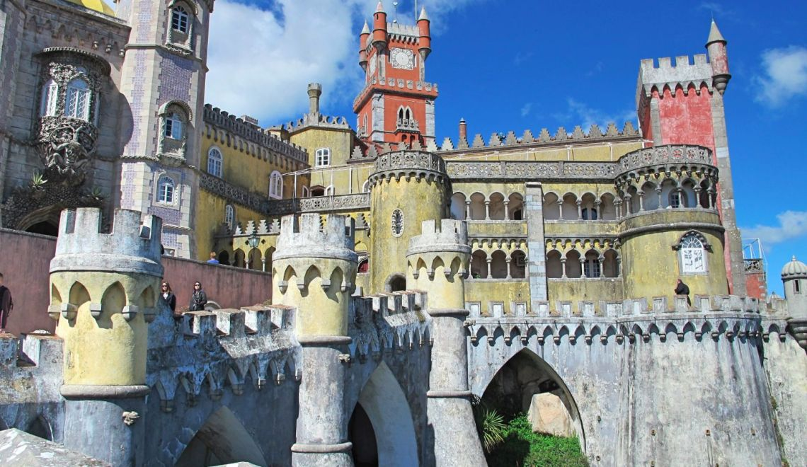 Pena Palace is the best palace in Sintra. And possibly in the world!
