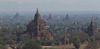 Die Pagoden von Myanmar im Abendlicht