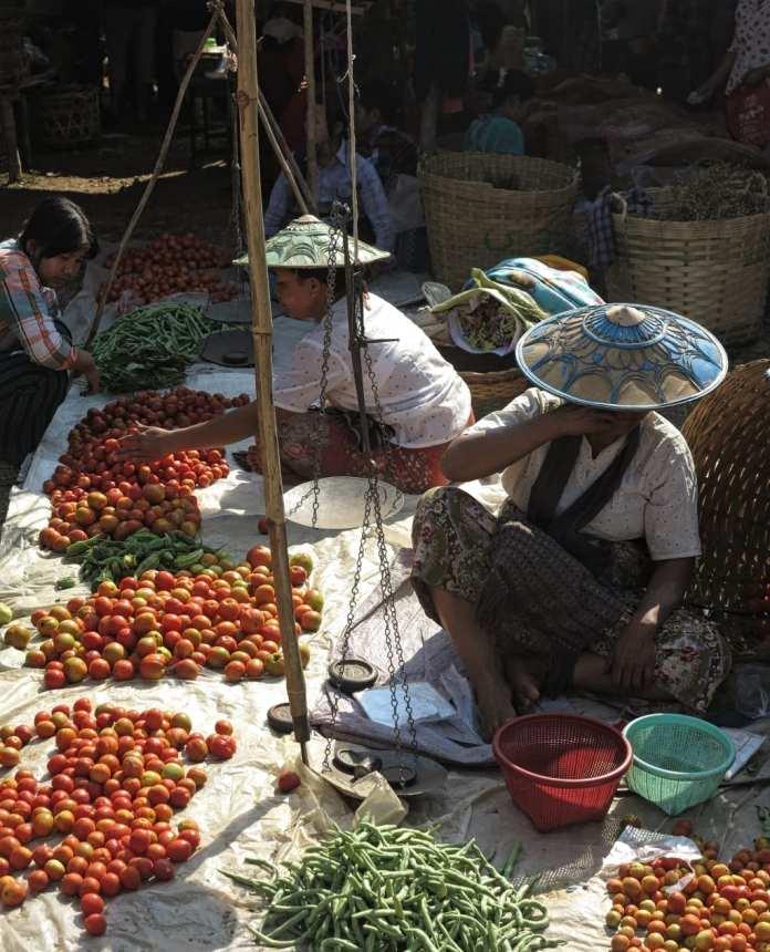 Markt am Inle-See in Myanmar