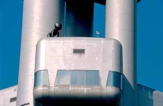 Metallbabys auf dem Prager Fernsehturm