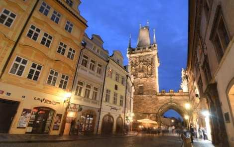 Prager-Kleinseite-bei Nacht