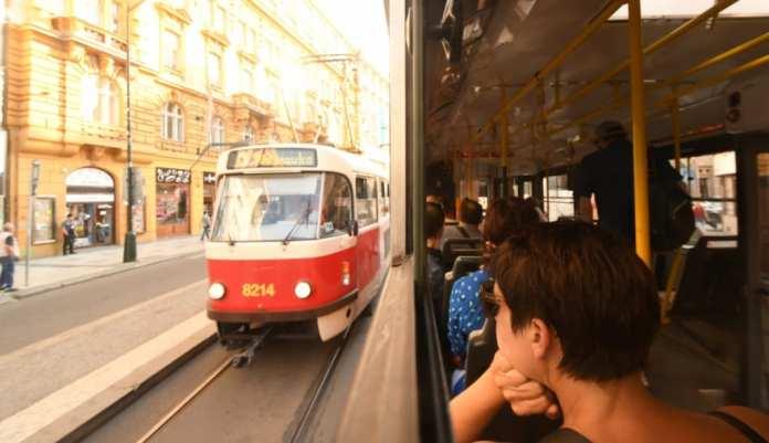 Mit der Straßenbahn durch Prag