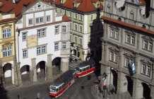 Kleinseitner Ring in Prag mit Straßenbahn