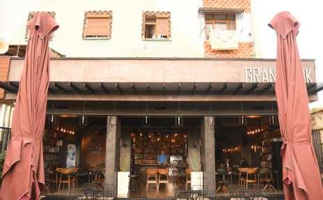 Leeres Café