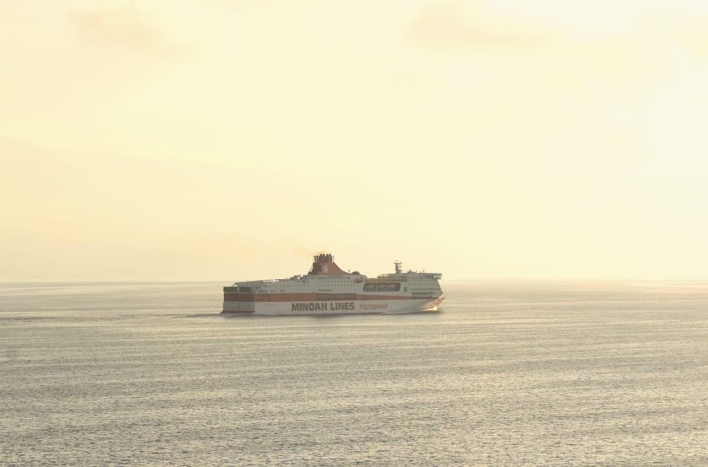 Schiff der Minoan Lines auf dem Meer