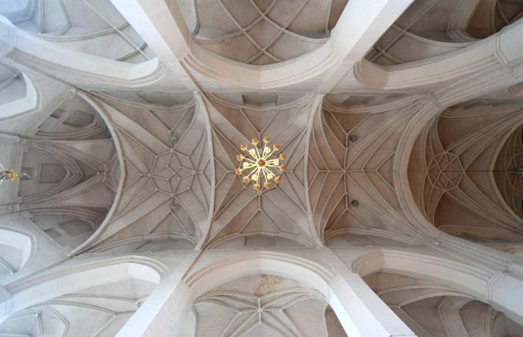 Sterngewölbe einer Kirche