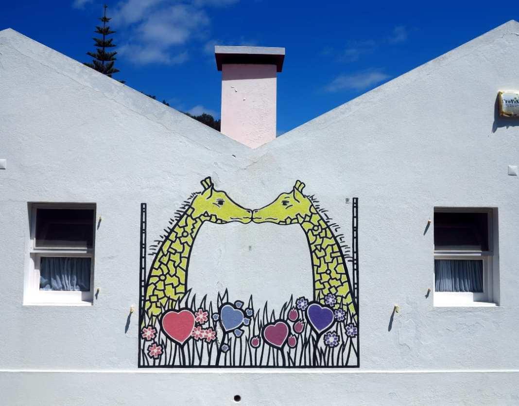 Mural zwei küssende Giraffen