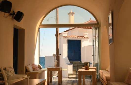 Café in einem griechischen Dorf