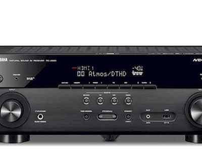 Yamaha RX-A680 è un sintoamplificatore audio video nero