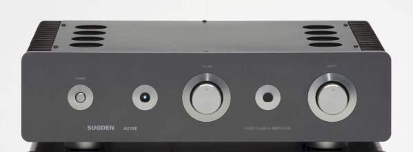 Suden A21SE Signature è un amplificatore integrato nero