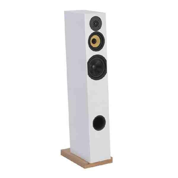 Davis Acoustics Courbet N°7 è un diffusore da pavimento bianco aperto