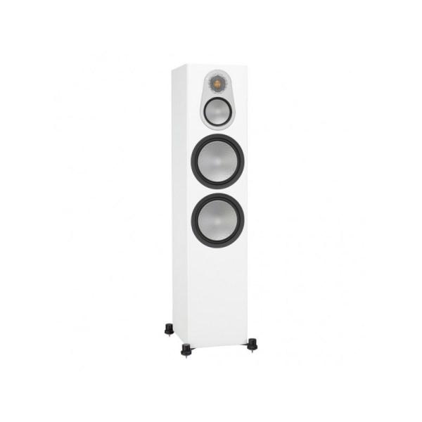 Monitor Audio Silver 500 6G è un diffusore da pavimento bianco aperto