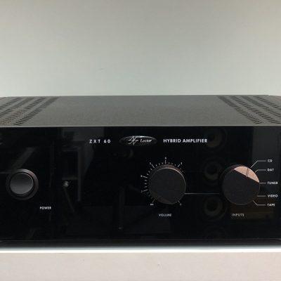Lector ZXT60 è un amplificatore integrato usato fronte