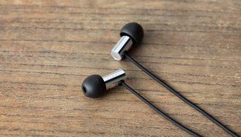 Koss KPH30i Review: Lush Audiophile Sound for Only 30 Bucks