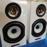 Triangle HiFi Bookshelf Speakers - Titus EZ