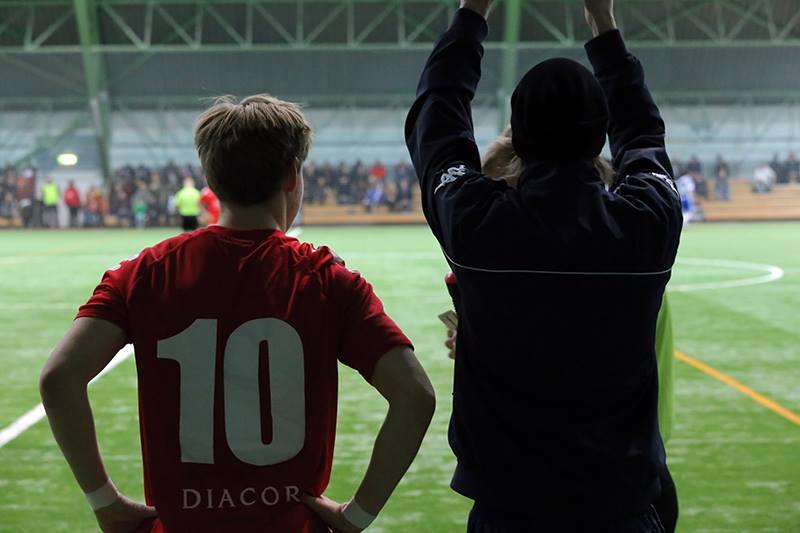 Fredrik Lassas pelasi ensimmäiset minuuttinsa vanhaa seuraansa vastaan, kun Freda tuli kentälle toiselle puoliajalle. Kuva: Edward Hultin