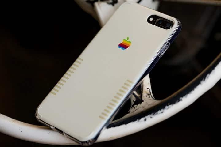 Coque IPhone 8 plus retro blanc