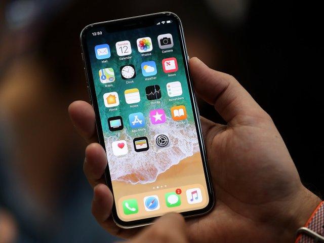 Fermez les applications sur un modèle iPhone