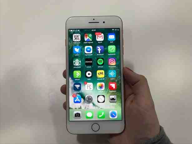 How big is the iPhone 8 Plus screen?