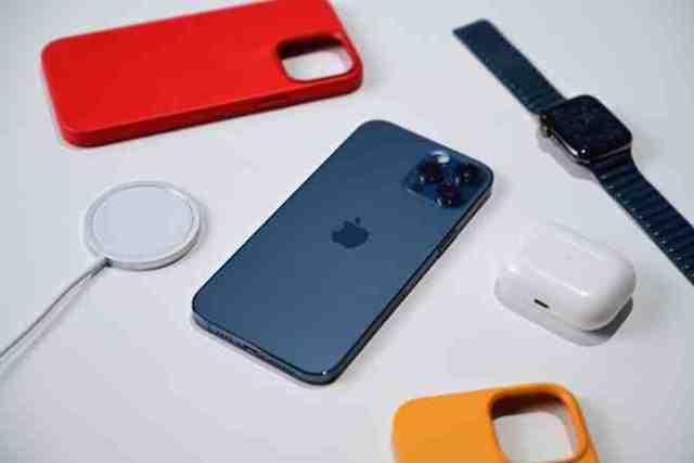 Quel iPhone compatible avec Apple Watch 5 ?
