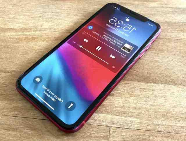 Quelle année est sorti l'iPhone XR ?