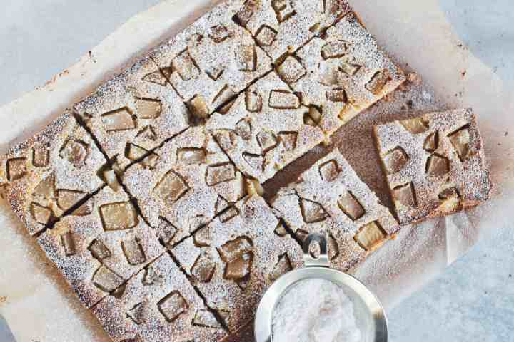 image of flatlay brown butter pear bars