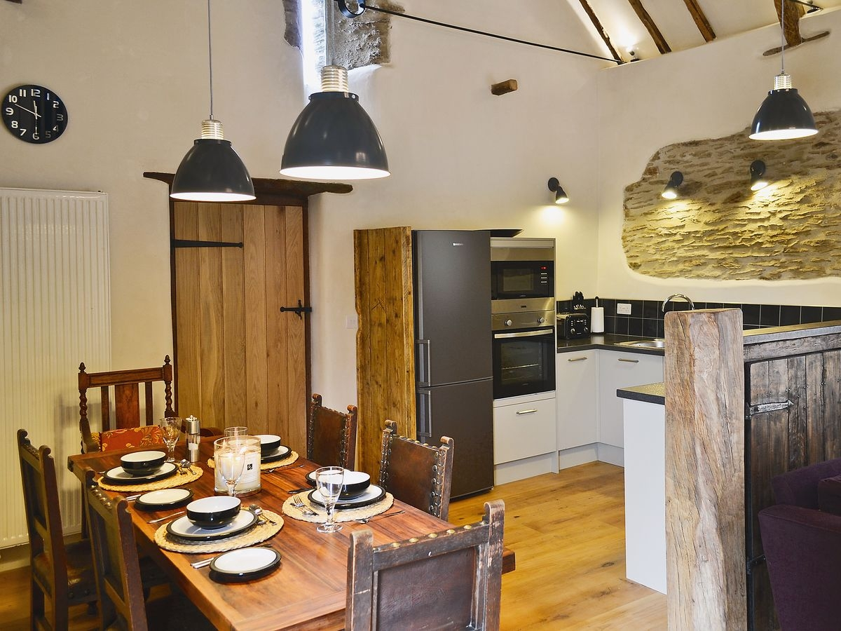 Higher Patchole - Threshing Barn dining room