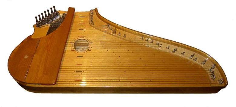 Picture of a 36 string Kantele