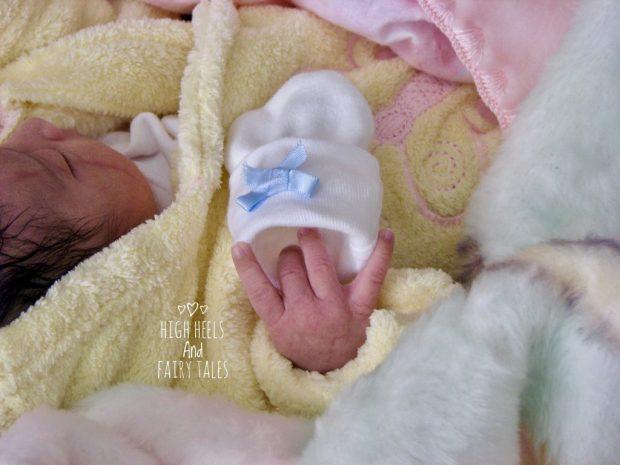Motherhood - mitten