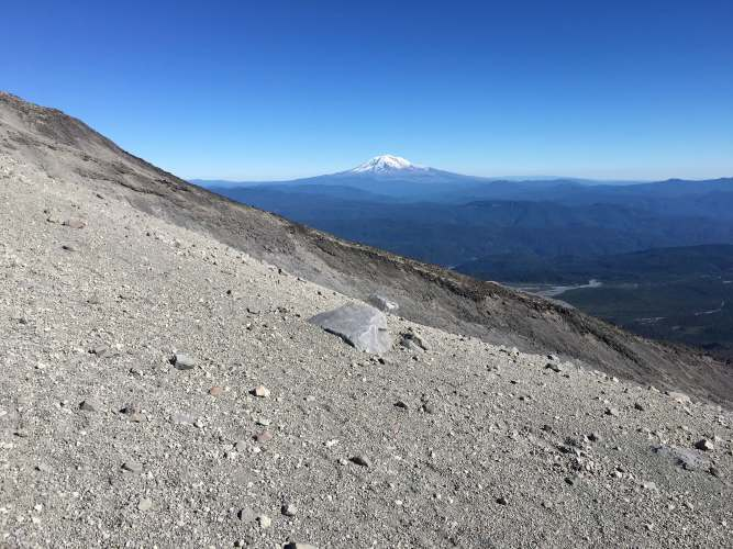 The grade of the hike towards the top at mount st. helens