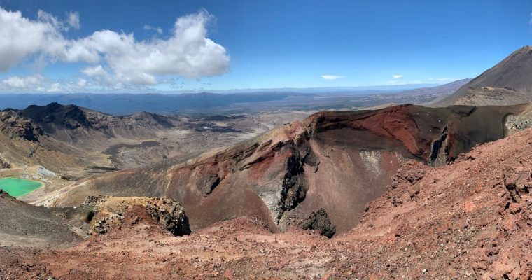 Tongariro Alpine Crossing {Tongariro National Park}