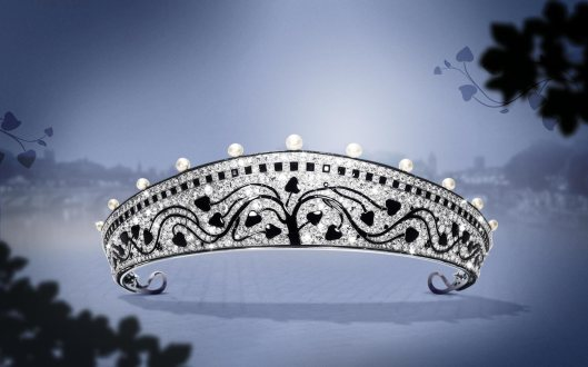 1914: Created by Cartier Paris in 1914, this bold, avant-garde piece is a magnificent example of the Art Deco style. Inspired by the shape of the Russin kokoshnik tiaras, this platinum piece is set with old-cut round diamonds, 15 natural pearls, calibrated and fancy-shaped onyx and black enamel.