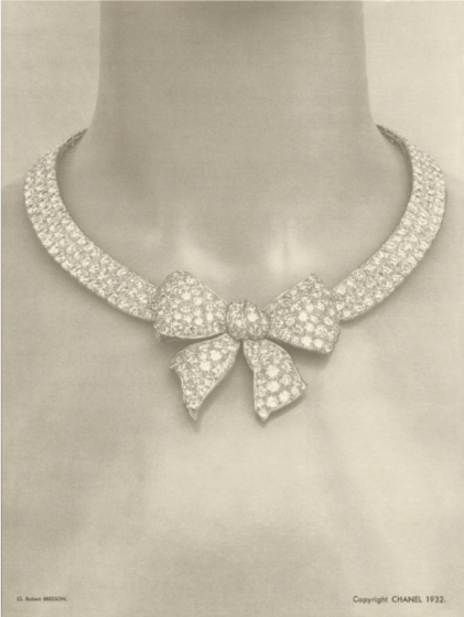 1932 original Bow chocker and brooches.