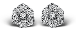Piaget Rose earrings in 18K white gold, set with 72 brilliant-cut diamonds (approx. 0.45 ct).