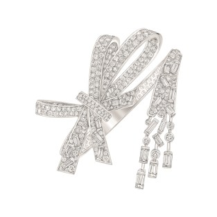 "Les Intemporels de Chanel. ""Ruban"" bracelet in 18K white gold set with 23 baguette-cut diamonds for a total weight of 3.9 carats and 384 brilliant-cut diamonds for a total weight of 8.6 carats."