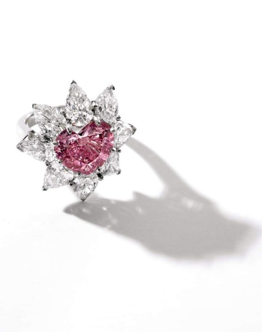 4.57-ct IF Fancy Vivid Pink Diamond and Diamond Ring