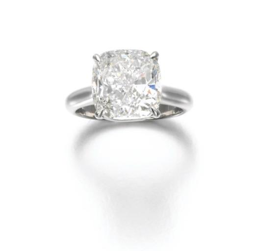 Diamond Ring, (Lot 398, est. £120,000–180,000/ €169,000–253,000/US$ 180,000-270,000)