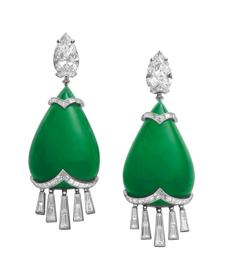 High Jewellery earrings in platinum with 2 jadeite-jades (85.37 ct), 2 pear shaped diamonds (6.02 ct), baguette diamonds (4.2 ct) and tapered baguette diamonds (3.2 ct).