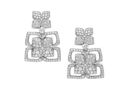 High Jewellery earrings in white gold with pavé diamonds (2.63 ct).