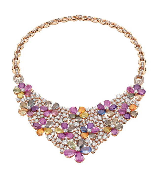 High Jewellery necklace in pink gold with 60 pear shaped fancy color sapphires (118.69 ct), and round brilliant cut diamonds and pavé diamonds (36.11 ct).