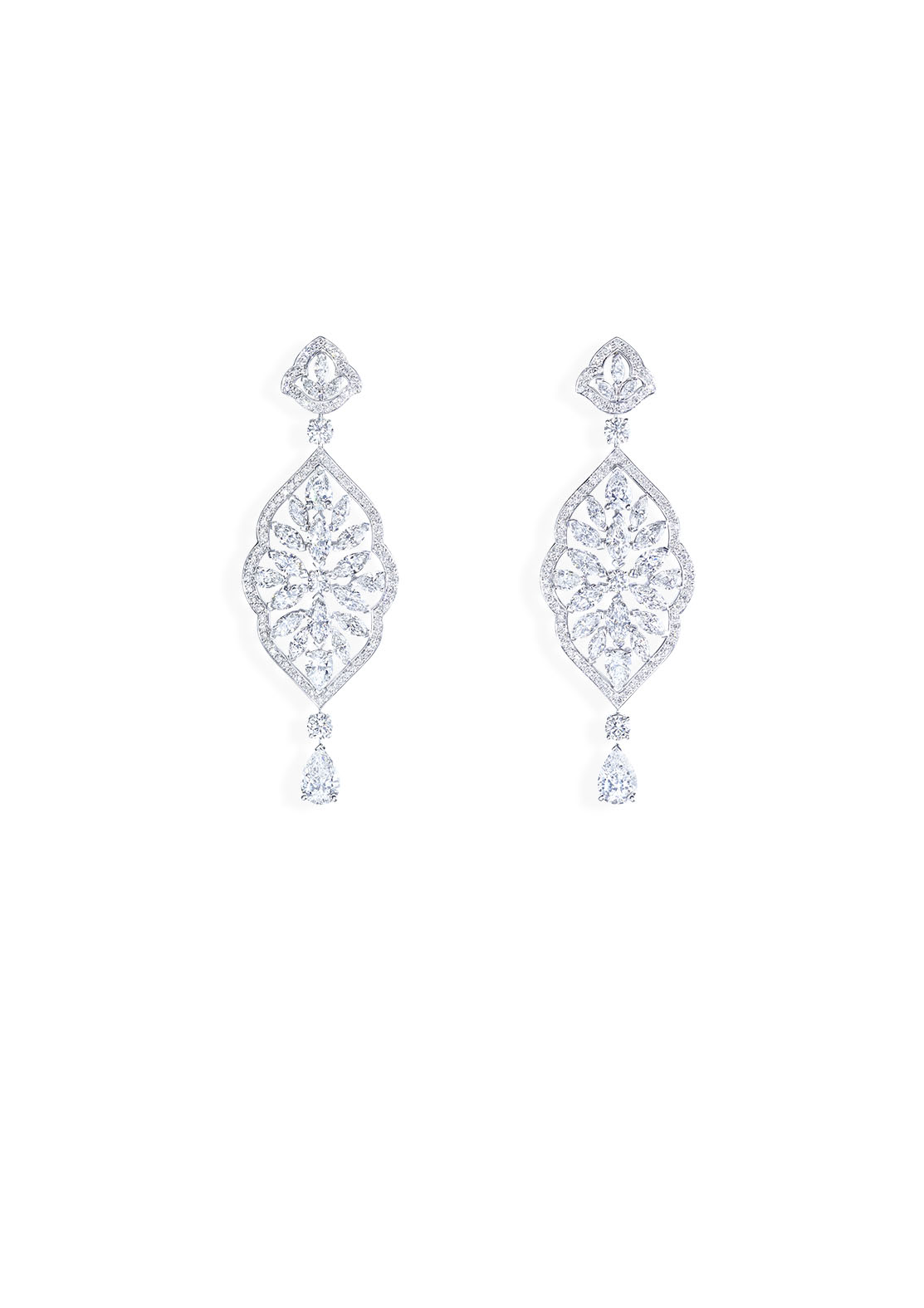 Earrings in 18K white gold set with 2 pear-shaped diamonds (approx. 2.02 cts), 8 pear-shaped diamonds (approx. 2.40 cts), 34 marquise-cut diamonds (approx. 7.32 cts) and 154 brilliant-cut diamonds (approx. 2.53 cts).