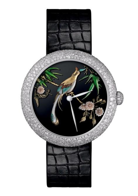 Chanel Mademoiselle Privé Coromandel Dial. 18k white gold, black Mississipiensis alligator strap. 18k white gold folding buckle set with brilliant-cut diamonds. Self-winding mechanical mouvement. 37,5mm. Unique piece.