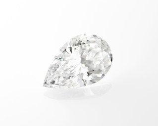 One pear-shaped DIF diamonds of 14.22 carats: