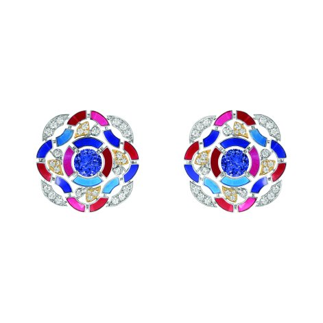 """Hypnotique"" earrings in 18K white and yellow gold set with 2 brilliant-cut blue violet tanzanites for a total weight of 3.7 carats, 56 brilliant-cut diamonds for a total weight of 1.2 carat and multicolored lacquer. CHANEL Joaillerie"