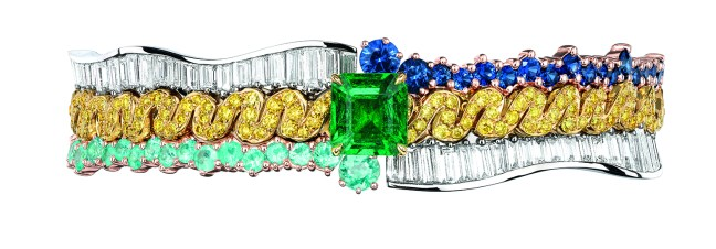Tresse Emeraude Bracelet. 950/1000 platinum, 750/1000 pink and yellow gold, diamonds, sapphires, yellow diamonds, Paraiba-type tourmalines and emerald.