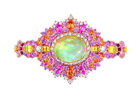 exquise-opal-high-jewellery-timepiece-1